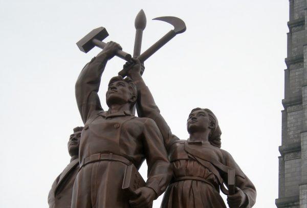 兄・金正男の韓国亡命を弟・金正恩が「暗殺」で阻止か