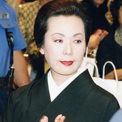 花田虎上(はなだ・まさる)と貴乃花親方の母親である藤田紀子