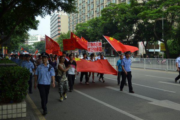尖閣諸島で中国に対峙する海上保安庁の「弱み」 - まいじつ