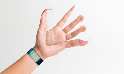 スマートフォンは人間の「手の形」を変えるかもしれない - まいじつ