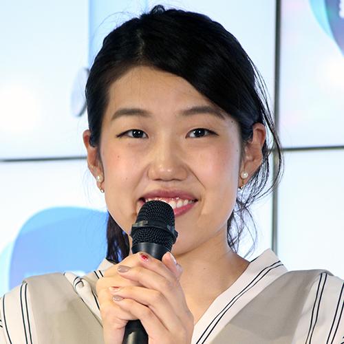 お笑いタレントの横澤夏子