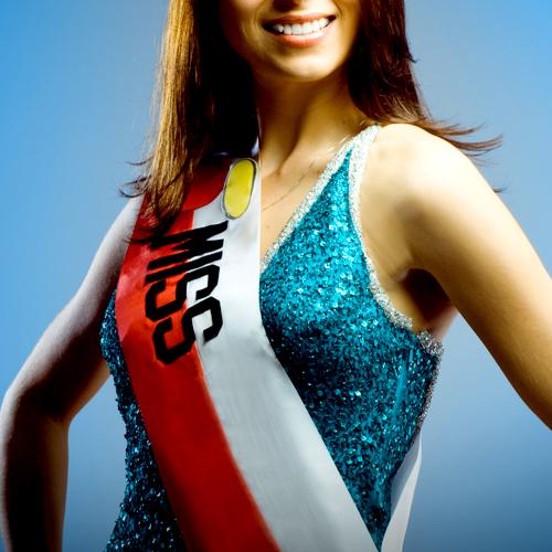 ミス・ユニバース日本代表決定にネット騒然「いくら何でもなぁ…」